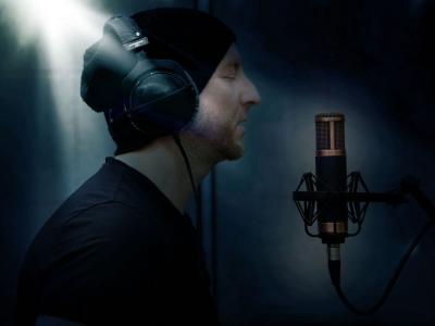 na fotke je rockový spevák Edgar - Stella Production